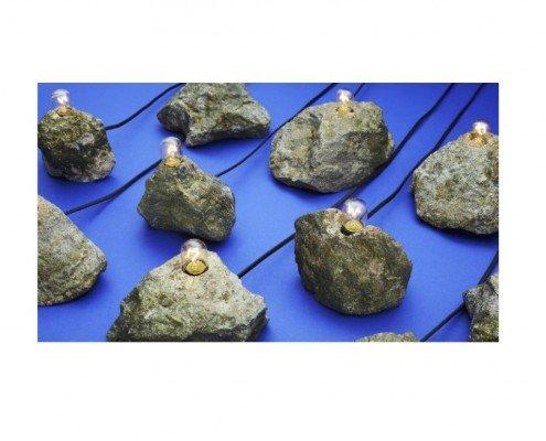 Lampe (Pierre branchée), Olivier Sévère, 2015, pyrite, douille E14, fil électriqe, interrupteur, prise ampoule- en collaboration avec Francis Bourjot, ed. de 20 numérotées ©Claire Israel -
